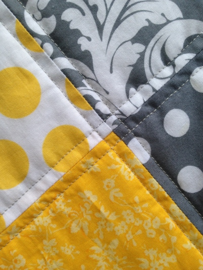 Little details of the Grey and Yellow Quilt